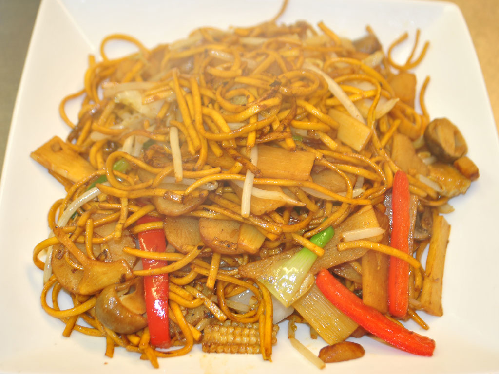 food calories chinese takeaway king prawn chow mein fried noodles